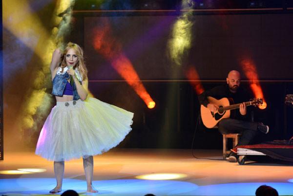 Türkiye Müzik Ödüllerinde şıklık yarışı