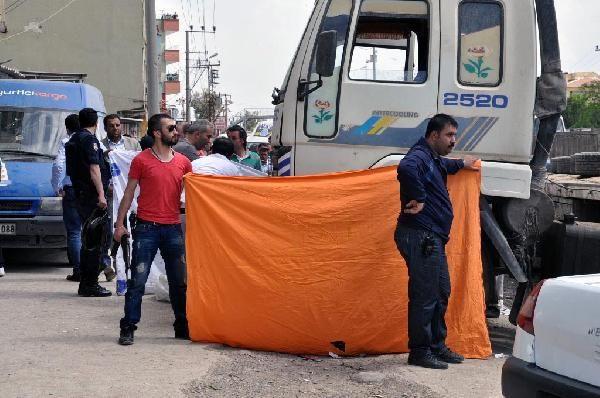Polis, dehşeti çarşafla gizledi