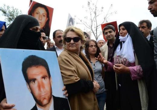 Kezban Hatemiden sivil polise tepki