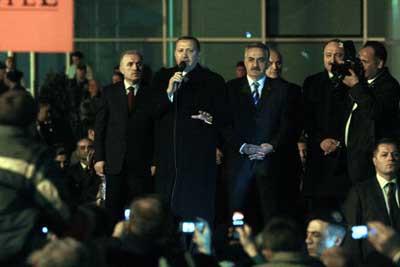 Erdoğandan İstanbulda gövde gösterisi