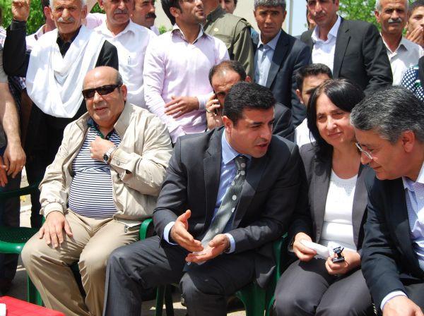 Demirtaştan PKKlılara...