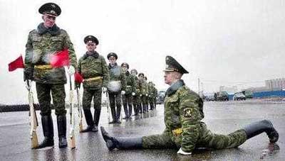 En komik asker fotoğrafları