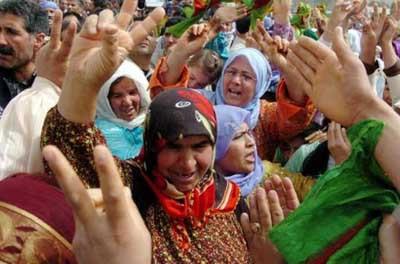 Abla Öcalanlı kutlama