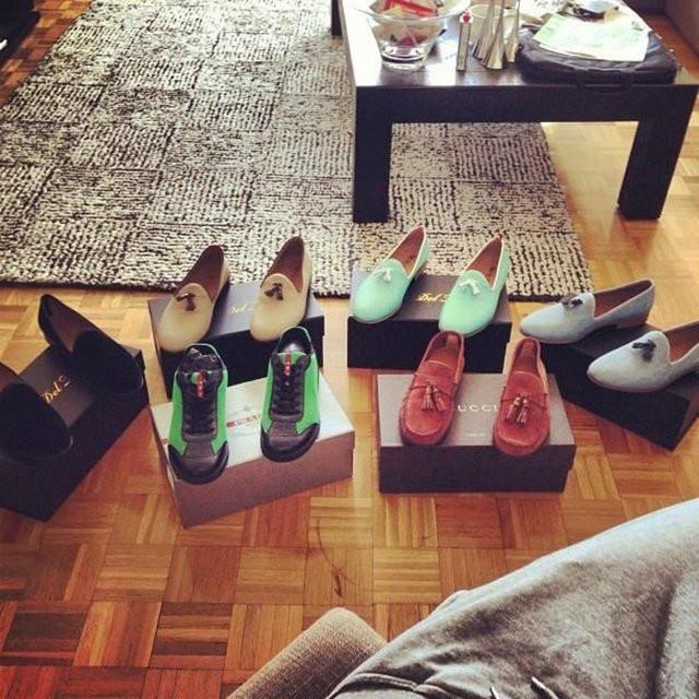 Ayakkabılarına beş bin lira harcadı