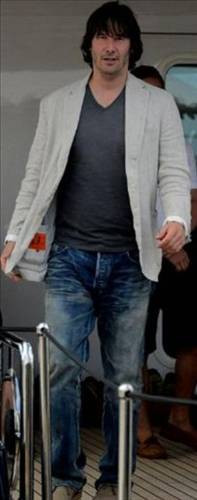 Keanu Reeves yıllara yenildi