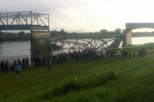 ABDde köprü çöktü