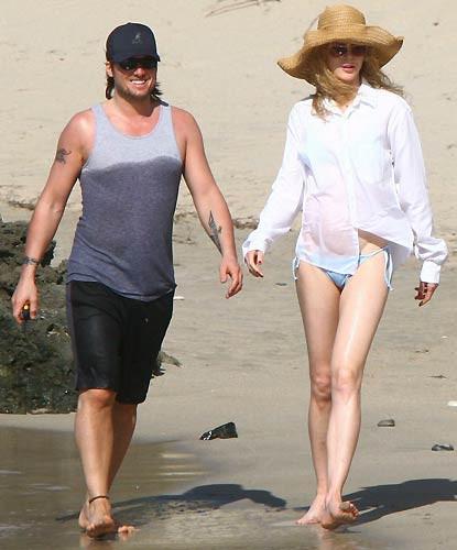 Plajdaki kumrular... (Nicole Kidman / Ketih Urban)