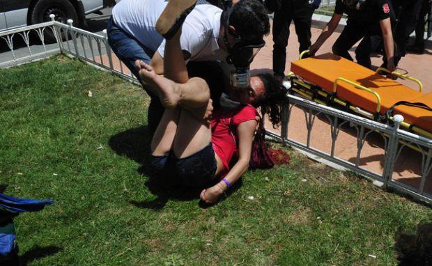 Taksim´de turist kadın yaralandı!