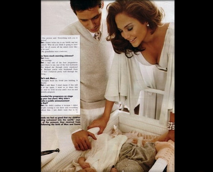 Jennifer Lopez bebeği ile kamera karşısına geçti