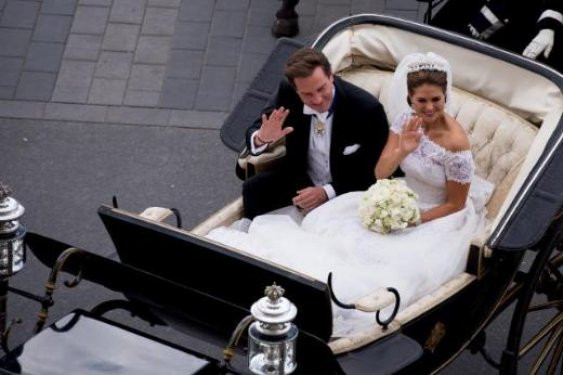İsveç Prensesi Bankacı ile evlendi