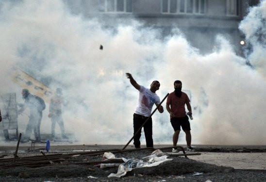 50 karede dün gece Taksim