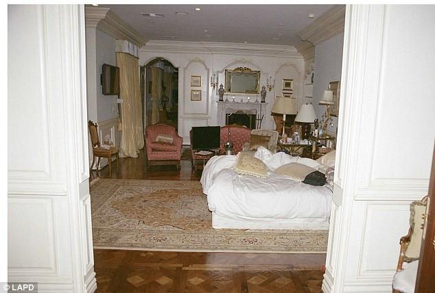 Ünlü şarkıcının ölüm odası
