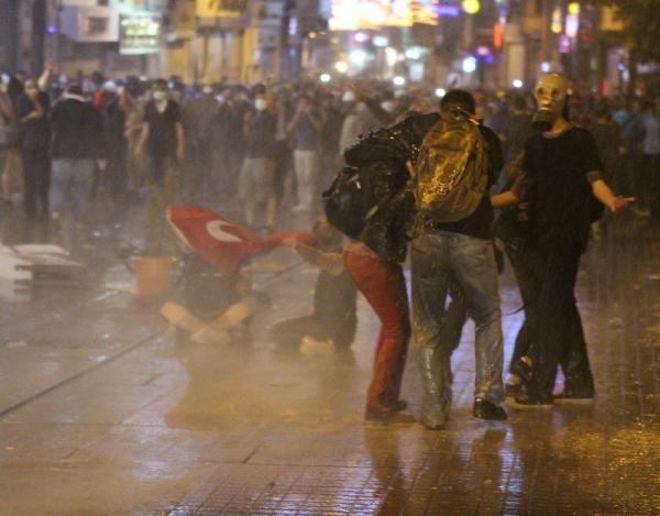 İstiklal Caddesinde polis müdahalesi