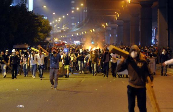 Taksim Meydanı ve Gezi Parkına müdahale