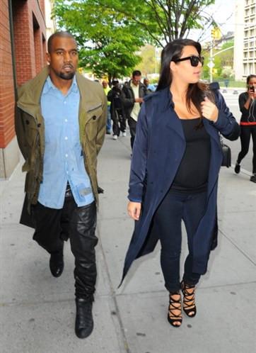 Kardashian isyan etti