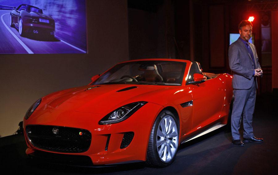 Jaguardan Ferrariye dişli rakip