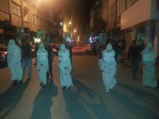 Hatayda kefenli protesto