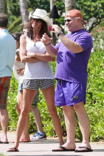 Janice Dickinsondan bikini şov