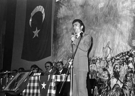 Muhsin Yazıcıoğlunun görülmemiş fotoğrafları