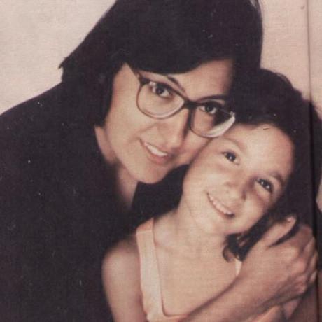 Anne katili Başak Aydıntuğun ailesiyle çocukluk fotoğrafları
