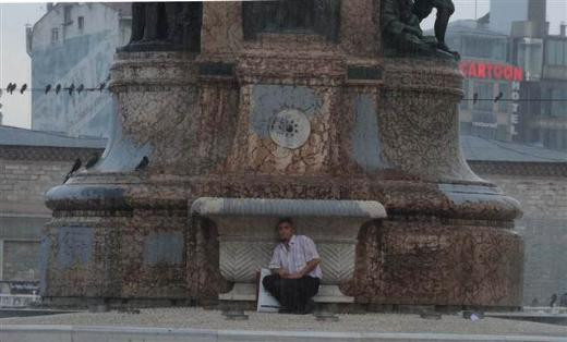 İstanbul yağmura hazırlıksız yakalandı