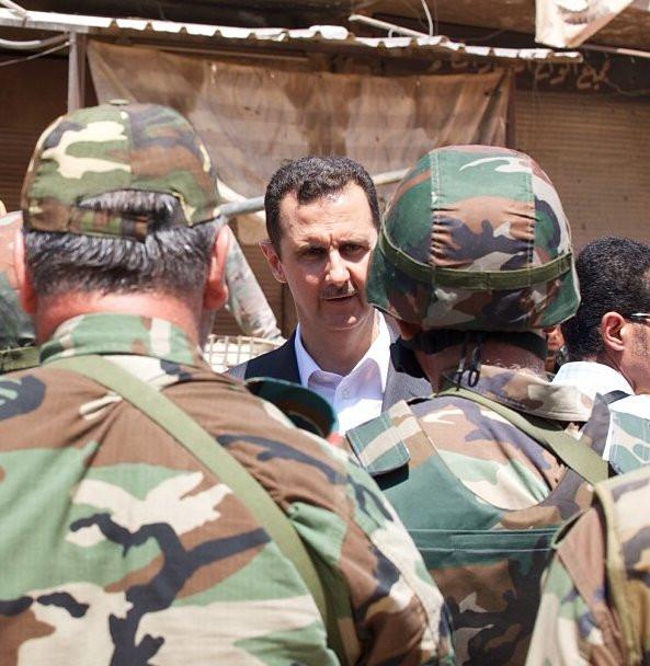 Ülke yıkıldı Esad dimdik ayakta