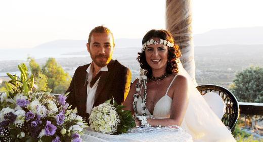 Zeliş evlendi!