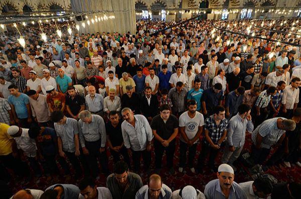 Sultanahmet Camii doldu taştı