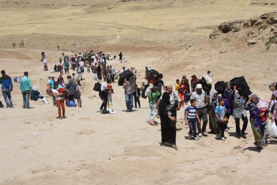 Suriye-Irak sınırında göç dalgası