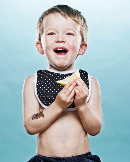 Bebeklerin limonla imtihanı !