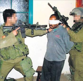 İsrail askerlerinden skandal görüntüler