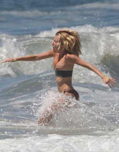Sienna Millerın bikini kazası
