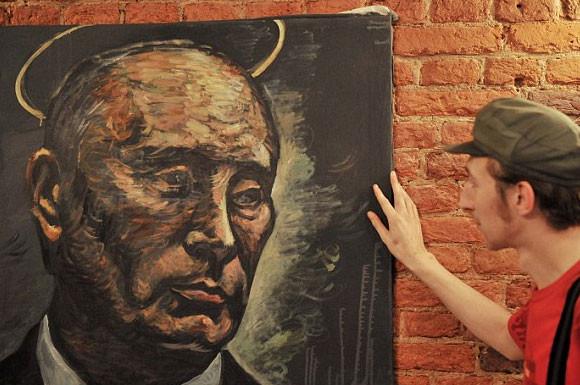 Putinin yasaklatmak istediği resim!