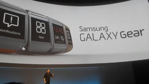 Samsung akıllı saati Gear ve Note 3ü tanıttı