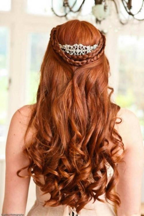 Düğün için örgü saç modelleri