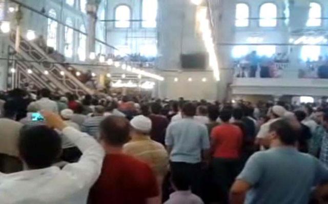 Fatih Camii'nde dehşet anları