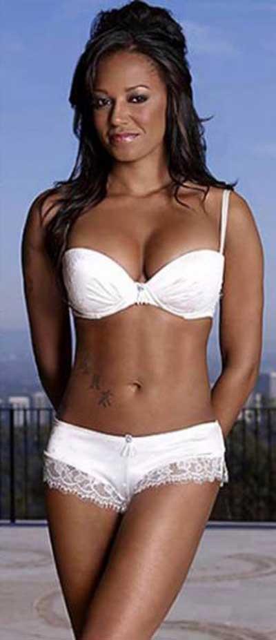 Mel B, ilk Kez iç çamaşırı modelliği yaptı