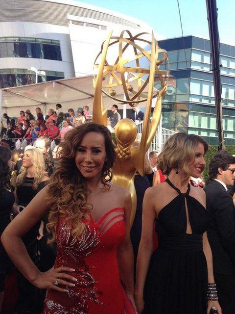 Asena Emmy Ödül Törenine gitti