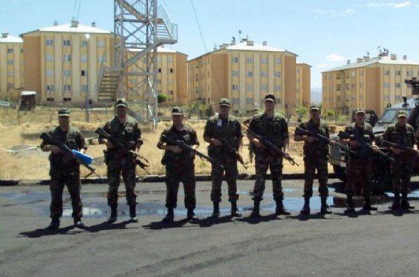 18 PKKlı cezaevinden firar etti
