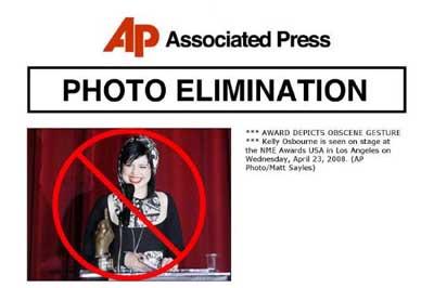APnin sansürlediği fotoğraflar