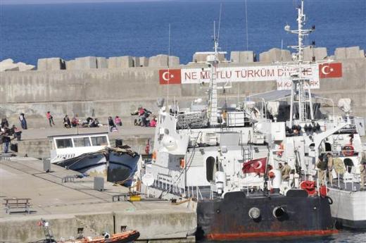 Kandırada bir teknede 117 kaçak