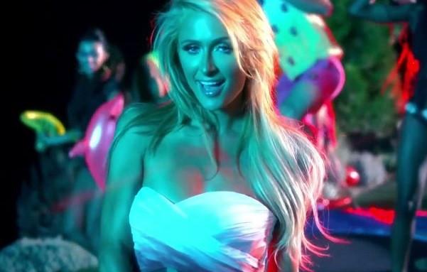 Paris Hiltonun bu klibi çok konuşulacak