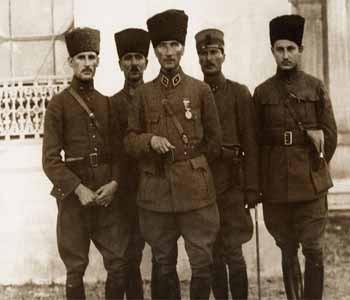 Atatürkün bilmediğiniz fotoğrafları
