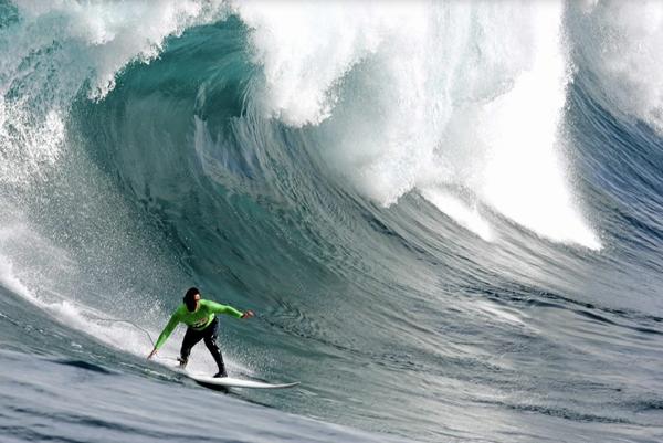 Brezilyalı sörfçüden dünya rekoru