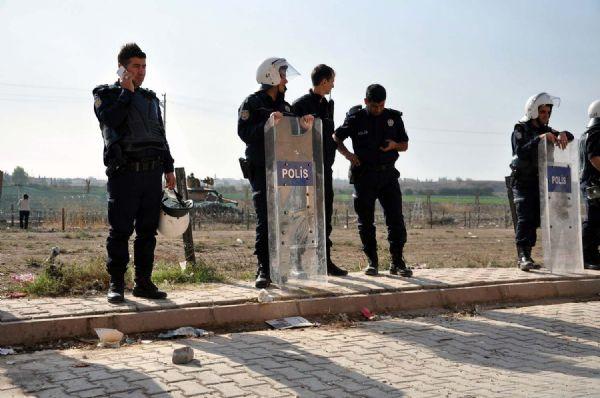 BDPli başkan telleri koparmaya başladı