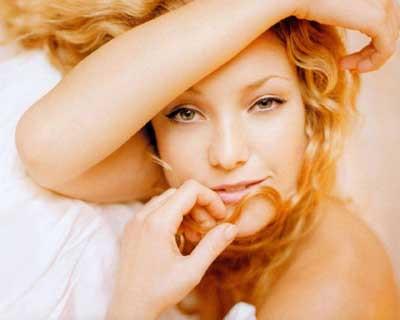 Kate Hudson nudist çıktı !