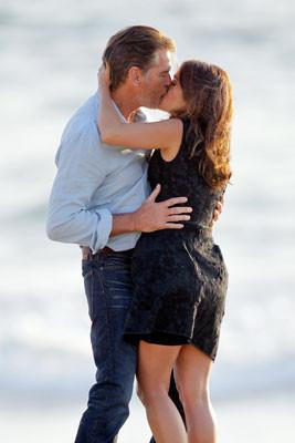 Hayekten ateşli öpücük