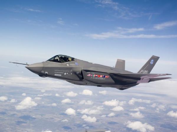 Geleceğin savaş uçağı 2017'de Türkiye'nin