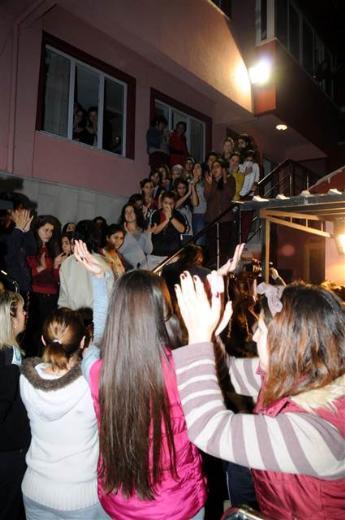 Öğrencilerden yurt protestosu