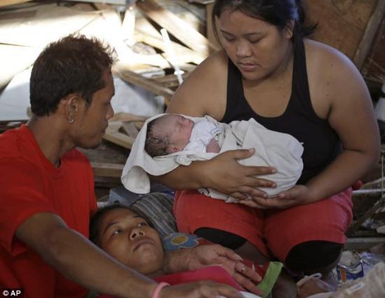 Filipinlerde Haiyan Tayfununun ardından yıkım büyük